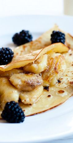 Banana Crepes – simple and delicious recipe for the best, sweet and fluffy banana crepe recipe ever | rasamalaysia.com