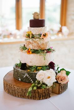 13 Wedding Cake Alternatives For Couples Who Prefer Savory Over Sweet Alternative Wedding Cakes, Unusual Wedding Cakes, Wedding Cake Alternatives, Wedding Arch Rustic, Wedding Table, Wedding Party Dance Songs, Wedding Makeup For Brunettes, 21st Cake, Wedding Guest Style