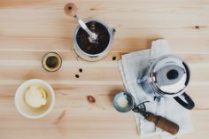 Making Affogato at Home - Kinfolk Kinfolk Magazine, Ice Cream At Home, Affogato, Room Of One's Own, Camping Meals, Cafe Restaurant, Frozen Treats, Frozen Yogurt, No Bake Desserts