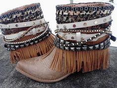 Boho Cowboy Boots by divatown on Etsy, sooooo pretty Boho Outfits, Stylish Mom Outfits, Bohemian Boots, Bohemian Fall, Old Cowboy Boots, Western Boots, Fashion Boots, Boho Fashion, Steampunk Boots