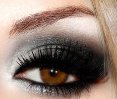 This site has a ton of pics of awesome eye makeup!
