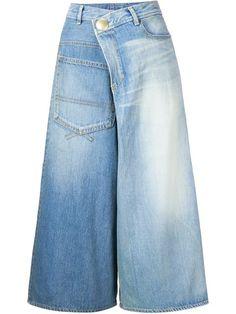 Shoppen Mihara Yasuhiro Cropped-Jeans mit weitem Bein von RESTIR aus den weltbesten Boutiquen bei farfetch.com/de. In 300 Boutiquen an einer Adresse shoppen.