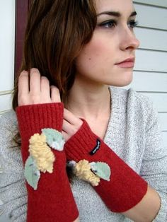 The Empty Nest: Tutorial Tuesday With Hope Studios Crafts To Make, Arts And Crafts, Wool Felt, Felted Wool, Wrist Warmers, Vintage Decor, Needle Felting, Fingerless Gloves, Fiber Art