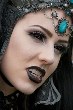 Queen of Harbinger Death at the Elf Fantasy Fair Haarzuilens 2011