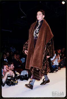 Fashion show Romeo Gigli Balenciaga Dress, Romeo Gigli, Ready To Wear, Fashion Show, Fur Coat, Kimono Top, How To Wear, Jackets, Collection