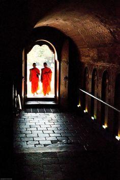 Sri Lanka Sri Dalada Malgawa by colsteel