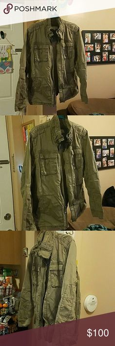 Mens military jacket Calvin Klein mens military jacket used but in good condition one small stain on elbow of jacket as shown in pics ... olive green jacket Calvin Klein Jackets & Coats Military & Field