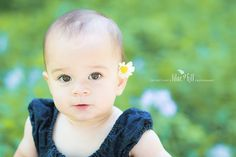 Toddler girl pose ©Lilac Hill Photography