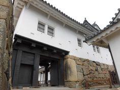 Himeji Castle, Japanese Architecture, Warfare, Asian Art, Civilization, Castles, Samurai, Arms, Sculpture