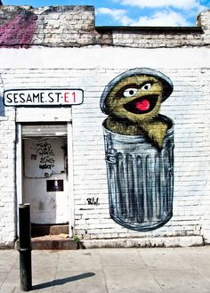 """#London has some great street art, like this """"Oscar the Grouch"""" piece by Blam in East London"""