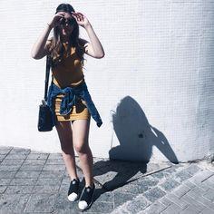 """1,379 curtidas, 9 comentários - Lucy Hollo (@lucyhollo) no Instagram: """"talvez seja a minha única peça de roupa colorida, mas nada confirmado, rs."""""""