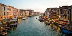 ΒΕΝΕΤΙΑ Voyage Europe, Grand Canal, Places, Travel, Italia, Venice, Cities, Night, Viajes