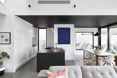 Kirsty Ristevski renovated a Victorian residence located in Albert Park Village, Melbourne, Australia and completed in Read More… Modern Victorian, Victorian Homes, Kitchen And Bath, Kitchen Decor, Australia House, Melbourne Australia, Buy Tile, House Goals, Home Buying