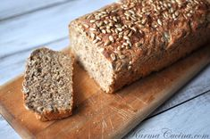 Whole wheat bread with flax and sunflower seeds
