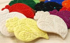 Polymer clay brooches by Catarina Carvalho