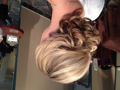 Hair style up do