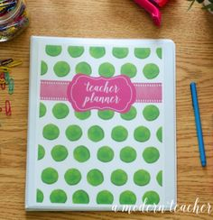 A Modern Teacher Flamingo Planner - A fresh, functional, and fabulous Teacher Binder to keep you organized! from www.amodernteacher.com $