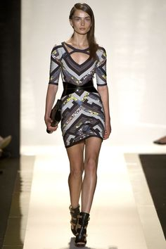 Hervé Léger by Max Azria Spring 2013 Ready-to-Wear Fashion Show