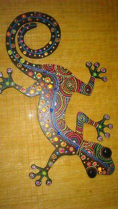 Mandela Art, Glass Photography, Mosaic Animals, Mosaic Wall Art, Dot Art Painting, Mandala Dots, Mosaic Projects, Geckos, Aboriginal Art