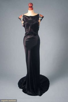 Anna May Wong's 1930's dress via Augusta Auctions.