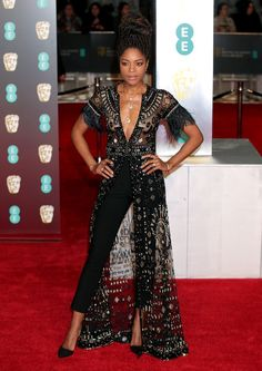 Naomie Harris from 2018 BAFTA Film Awards: Red Carpet Arrivals The actress wears an embellished jumpsuit. Dress Over Pants, The Dress, All Black Dresses, Nice Dresses, Mode Outfits, Fashion Outfits, Womens Fashion, Fashion 2018, Look Fashion