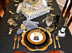 New Years Table@ Cat's Holiday & Home Decor