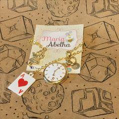 Compre já ! www.mariaabelha.com #alice #wonderland #mariaabelha