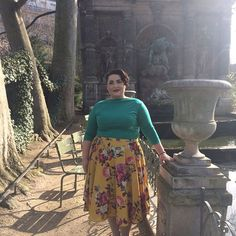 It turned out to be an absolutely beautiful day today in Paris. I wore my slash neck top from @vivienofholloway and my new skirt from @modcloth.   #Glambassador #ChronicallyOverdressed #wiwt #ootd #ootdsocialclub #vintageglamour #everydayglamour #fashion #fashionblogger #classicstyle #retrostyle #vintagestyle #vintagefashion #vintagelife #glamour #redlips #vintagehairstyle #vintagegermany #VintageUpdosForModernGirls  #MyBeautyMark