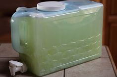 DIY Laundry Detergent = So Simple, Super Cheap and it works GREAT! Can't wait to spend the money I saved on SHOES :)
