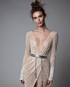 Perle d or evening dresses disco – Dress best style form Evening Dresses, Prom Dresses, Formal Dresses, Sparkly Dresses, Wedding Dresses, Elegant Dresses, Pretty Dresses, Ohh Couture, Beautiful Gowns