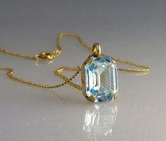 Vintage Van Dell Gold Filled Aquamarine Pendant by jujubee1