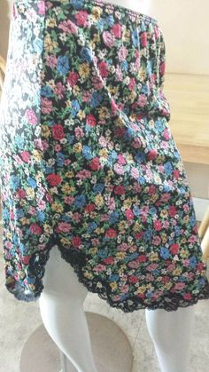 Vintage Retro Black Floral Warner's Lingerie Ladies Slip Small 1980s  #Warners