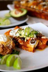 Meatless Baked Enchiladas   At Home Moms http://www.athomemoms.com/2014/11/04/10-american-favorite-look-alike-vegan-foods/