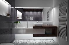 badezimmer-ideen-schwarz-weiss-holz-waschtisch-led-beleuchtung-weisser-zierkies