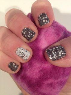 My Jamberry manicure using Metallic Berry and Decorative Silver & White! http://gabby.jamberrynails.net