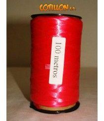 Cinta para decoración en color rojo. 0,5 cm de ancho. Largo del carretel: 9cm -->> $49