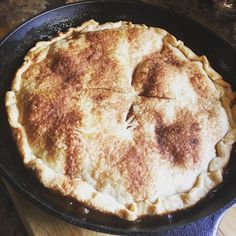 Mrs. Carter's Skillet Apple Pie from Trisha Yearwood's cookbook @countrylivingmag so good!! Vanilla ice cream on top=PERFECTION! #applepie #baking #pie