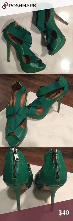 "Zara Green Pumps Zara green leather pumps.  Back zipper closure.  4"" heel height.  Excellent condition. Zara Shoes Heels"