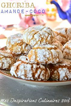 recette ghoriba amande coco Choumicha Sweet Cookies, No Bake Cookies, Cake Cookies, Eid Sweets, Biscotti Biscuits, Date Cake, Biscuit Cake, Happy Foods, Arabic Food