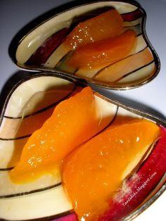 Tante Kiki: Γλυκό κουταλιού νεκταρίνι... το μελωμένο μηλοροδάκινο Greek Sweets, Greek Desserts, Greek Recipes, Cookbook Recipes, Cooking Recipes, Preserves, Deserts, Food And Drink, Peach