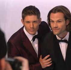 Jensen can't help but Blue Steel it.