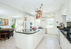 hanging pots #white kitchen