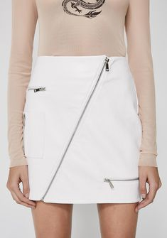 I AM GIA Courtney 2.0 Skirt got ya lookin' hot af! This sikk mini skirt has a diagonal front zipper closure, a mid rise fit, and zipper details all over.