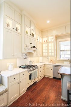Kitchen Updating Ideas Old Southern Home Remodeling - Old Southern Homes, Southern Kitchens, Home Kitchens, Southern Farmhouse, Home Renovation, Home Remodeling, Kitchen Remodeling, 1900s House, Cracker House
