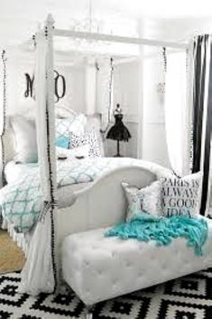 Teen Girl Bedrooms for sweet cozy decor - Terrific bedroom decor examples. Tip reference 1199298640 Categorized under teen girl bedrooms small room , shared on this date 20190208 Blue Teen Girl Bedroom, Bedroom Decor For Teen Girls, Teenage Girl Bedrooms, Teen Room Decor, Small Room Bedroom, Trendy Bedroom, Room Decor Bedroom, Bedroom Ideas, Diy Bedroom