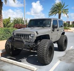 My ideal Jeep Wish I could have gotten this color or the bluish gray color Two Door Jeep Wrangler, 2 Door Jeep, Jeep Wrangler Lifted, Jeep Tj, Jeep Rubicon, Jeep Wrangler Unlimited, Suv Trucks, Jeep Truck, Jeep Baby