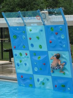Rock wall in pool.