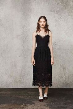 Miss Vogue crushes on the spring summer new in Warehouse collection - dresses, off-the-shoulder blouses, trousers, shirts