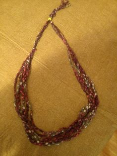 One Woman Who Writes: Ladder Yarn Necklace Pattern: So easy
