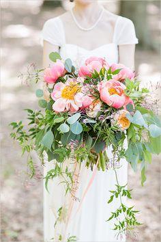 pink bridal bouquet #weddingbouquet @weddingchicks